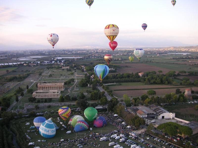 paestum balloon festival mongolfiere