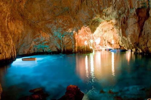 grotta dello smeraldo conca dei marini costiera amalfitana