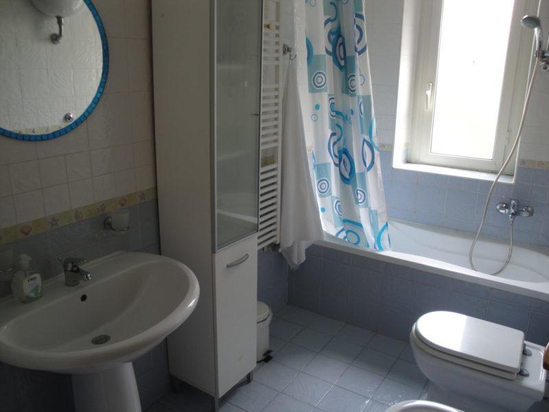 bagno privato camera fiordaliso B&B battipaglia affittacamere casa vacanze