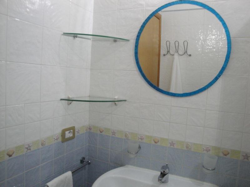 bagno privato in camera fiordaliso B&B battipaglia affittacamere casa vacanze