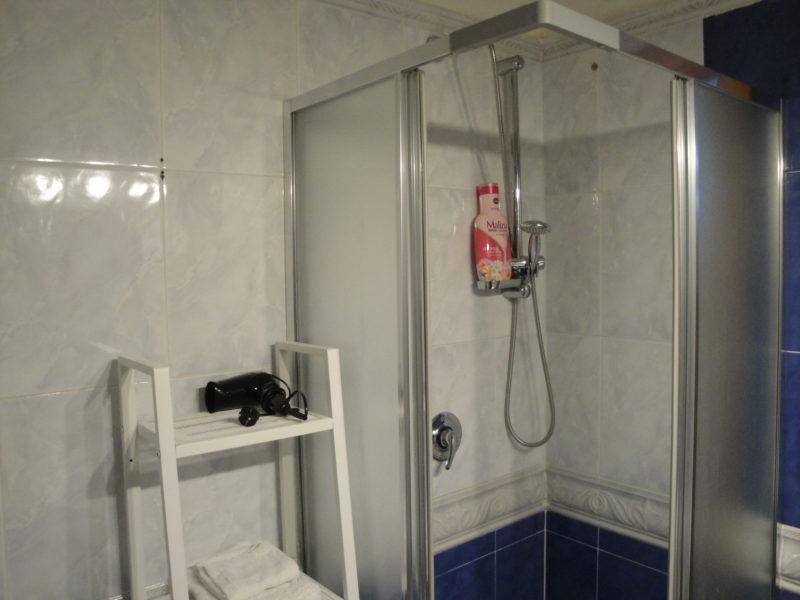 bagno privato monolocale iris bed and breakfast battipaglia affittacamere casa vacanze