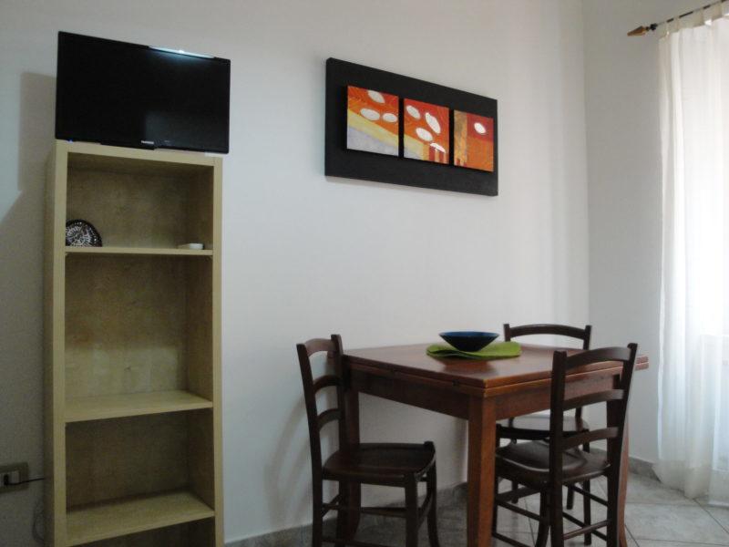 zona pranzo bilocale narciso B&B Battipaglia affittacamere casa vacanze