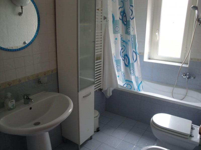 B&B Battipaglia Guest House Fiordaliso private bathroom 2