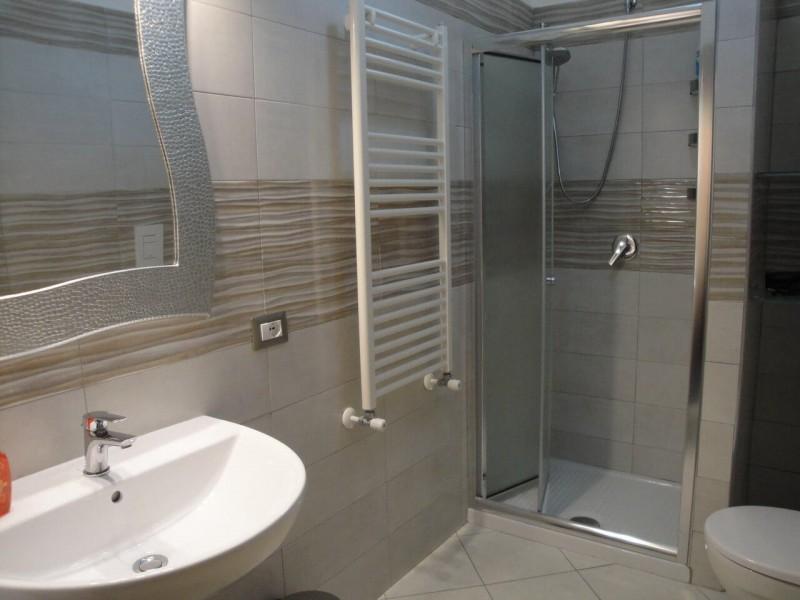 B&B Battipaglia Guest House Girasole private bathroom