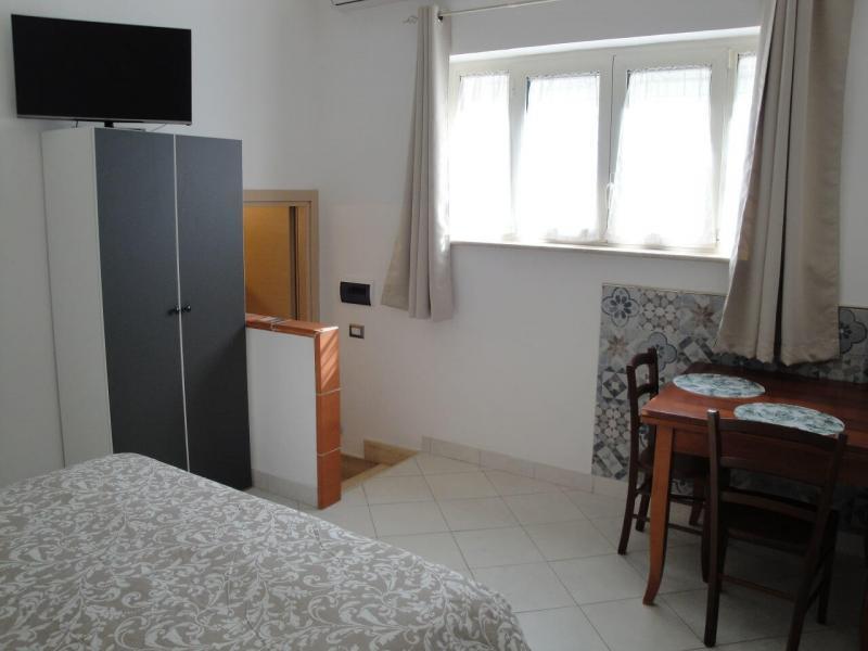 Tv in camera Girasole bed and breakfast battipaglia affittacamere