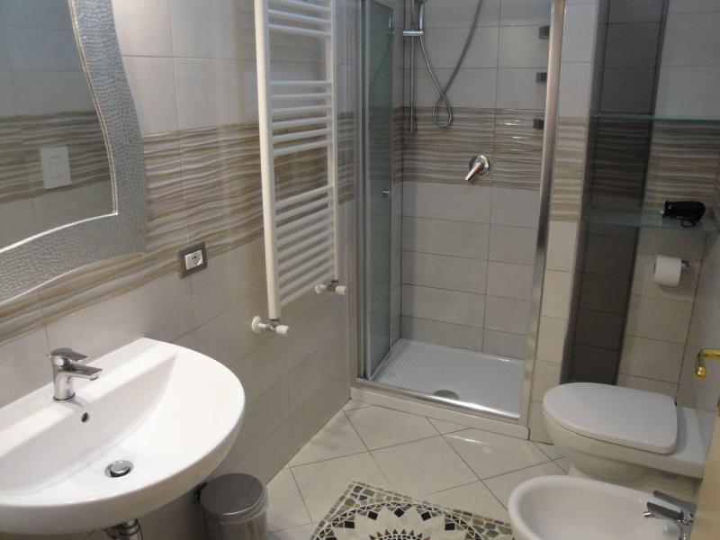 bagno privato monolocale girasole b&b battipaglia casa vacanze