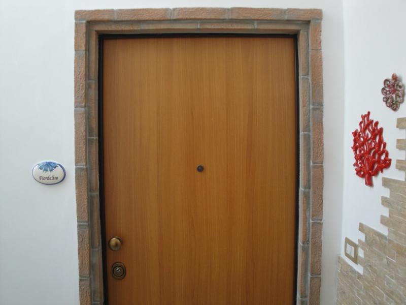 ingresso camera fiordaliso B&B battipaglia affittacamere casa vacanze