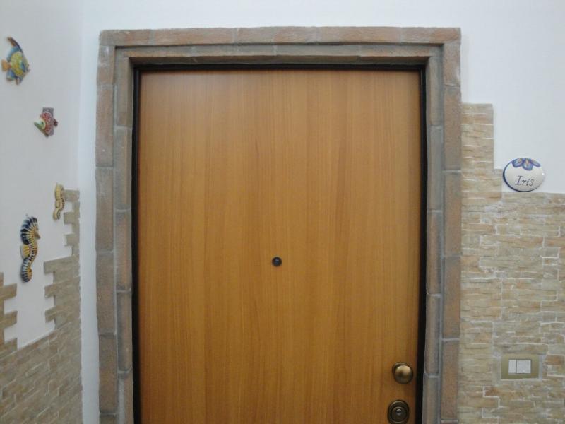 ingresso privato monolocale iris bed and breakfast battipaglia affittacamere casa vacanze