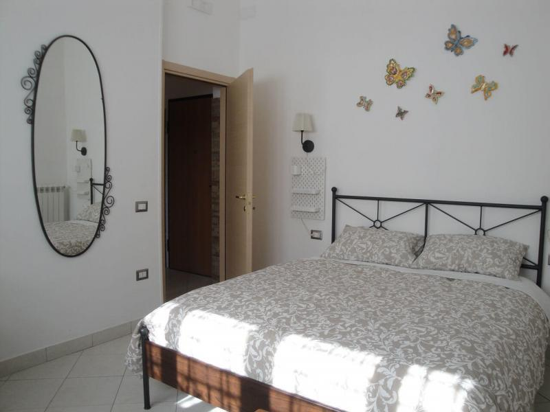 letto matrimoniale girasole bed and breakfast battipaglia affittacamere guesthouse